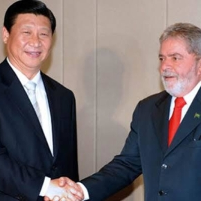 Lula parabeniza Xi Jinping por apoio a quebra de patentes de vacinas contraCovid