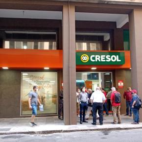 CRESOL tem tudo que tem nos outros Bancos. Mas aqui trabalhador é dono e custo é menor ! Leia e assista ovídeo: