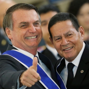 Dízimos, rachadinhas? Bolsonaro, Mourão e reverendo são diretores de entidade registrada…nos EUA