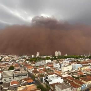 Saiba o que é o haboob, tempestade de poeira que 'engoliu' cidades no interior deSP